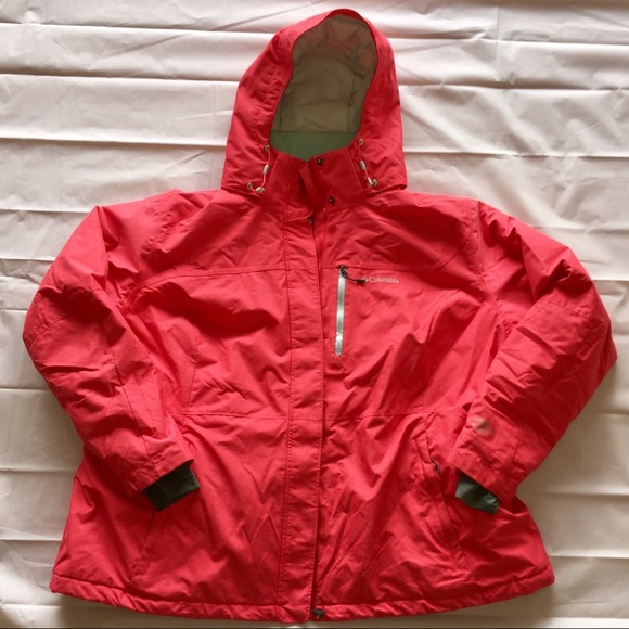 8506858ee325b Columbia Jackets   Blazers - WOMEN S ALPINE ACTION OMNI-HEAT JACKET - PLUS  SIZE
